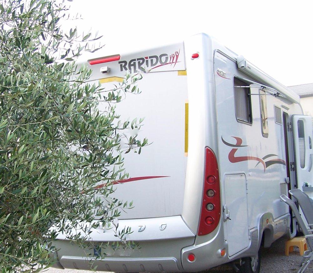 Aire camping-car à Lus-la-Croix-Haute (26620) - Photo 2